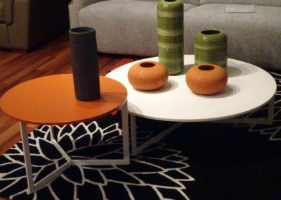 Tavolini Joy e vasi Calligaris
